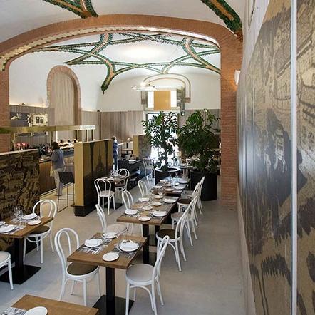 1902 - Restaurante