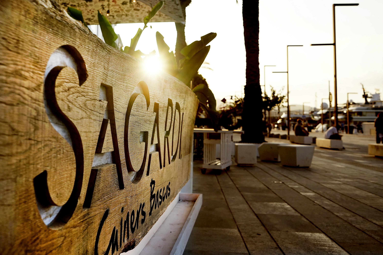 Sagardi desembarca la parrilla vasca en el puerto de ibiza grupo sagardi - Restaurantes en el puerto de ibiza ...